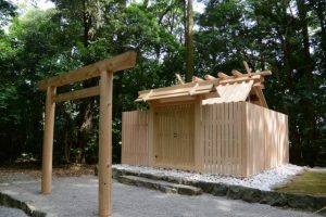 大修繕を終えた朽羅神社(皇大神宮 摂社)