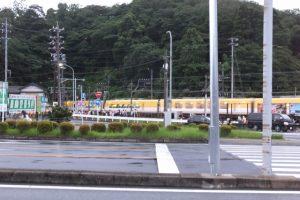 赤崎神社(豊受大神宮 末社)へ向かう人々