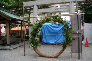 夏越の大祓のために設置された茅の輪(今社)