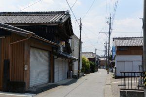 井爪飼料店(河崎本通り)