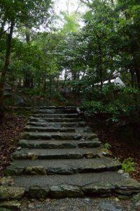 津長神社(皇大神宮 摂社)への階段