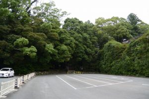 タクシー待機場入口付近からの望む饗土橋姫神社(皇大神宮 所管社)方向