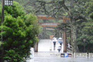 饗土橋姫神社(皇大神宮 所管社)付近からの宇治橋遠望
