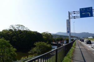 勢田川の右岸付近、勢田川橋(国道23号)