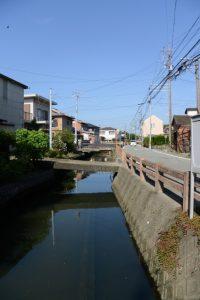 勢田川美化のための浄化水路(伊勢市通町)