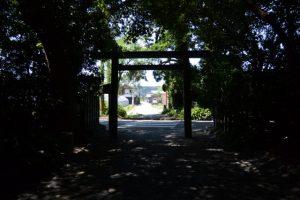 御塩殿神社(皇大神宮 所管社)の参道から望む御塩道