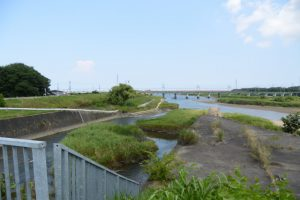 汁谷川と宮川の合流点付近