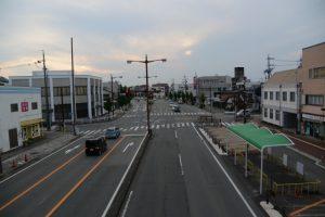 伊勢市大世古歩道橋から望む県道37号