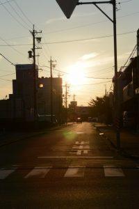夕日を左に見ながらの帰路