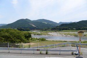 蓮華寺(度会町棚橋)付近から望む宮川