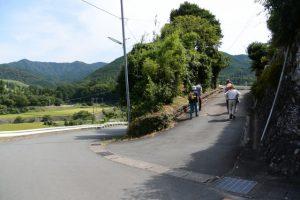 旧道へ(少林山 安心寺〜五里山橋)