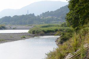 内城田大橋下から望む宮川の上流側
