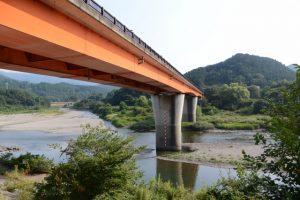 宮川に架かる内城田大橋