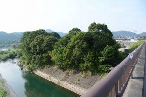内城田大橋の上から望む宮川上流側