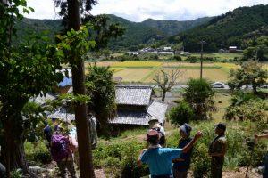 旧八柱神社跡付近から眺める度会町南中村の風景