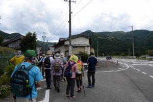 旧道へ(度会町南中村)