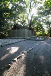 草奈伎神社の仮殿となっている大間国生神社