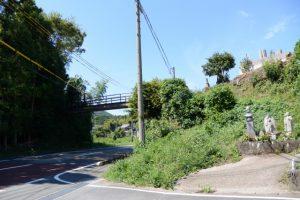 県道37号に架かる歩道橋(しごうこども園付近)