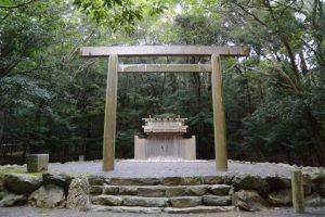 仮殿の役目を終えた饗土橋姫神社(皇大神宮 所管社)