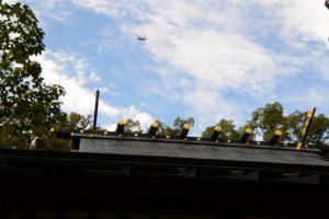 猿田彦神社にて見上げた自衛隊のヘリコプター