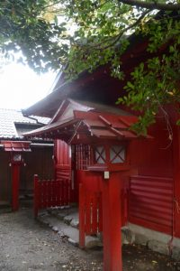 並社の仮殿となっている須原稲荷神社