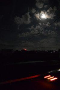 自宅近くの河原神社(豊受大神宮 摂社)から上がる花火