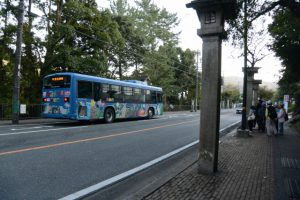 BUS STOP 神宮会館前 三重交通 付近