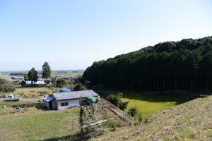 阿射加神社付近にある池の辺から眺めた風景(松阪市大阿坂町)