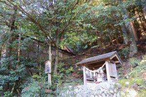 山の神(黒瀧神社)