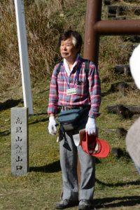 今回の案内人、高見山山頂に鎮座する高角神社の宮司 松田登貴也さん