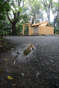 雨の草奈伎神社(豊受大神宮 摂社)