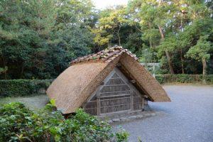 屋根が葺き替えられていた御塩汲入所(御塩殿神社)