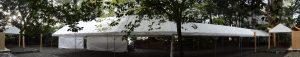 御遷座の日の早朝、大間国生神社と雨儀廊、仮殿の草奈伎神社(豊受大神宮 摂社)