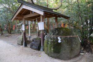 花の窟神社(熊野市有馬町)