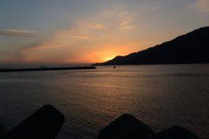 東串良漁港から望む日の出