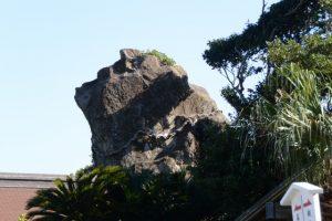 神犬石(鵜戸神宮)