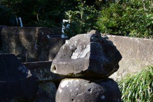 快祐法師の墓石(鵜戸山別当墓地)