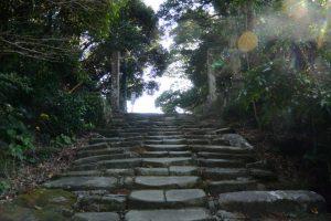 鵜戸山八丁坂、頂上付近(鵜戸神宮)