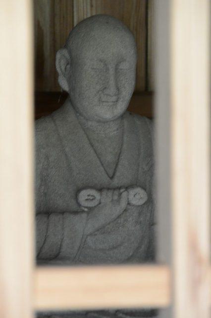 朝の散策(塩入川、田の神、熊野神社、肝付兼経夫妻の宝篋 ...