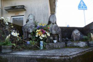 唐仁公民館の田の神(東串良町)