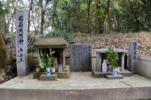 稲荷大明神・イボの神様と溜水の田の神(東串良町)