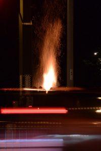 外宮前交差点から望むどんど火