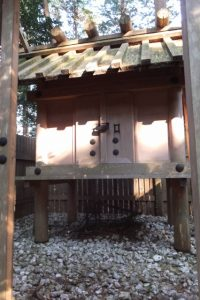 なぜか御門の扉が開かれていた棒原神社(皇大神宮 摂社)