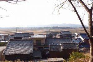 棒原神社(皇大神宮 摂社)付近から望む蚊野神社(同)方向