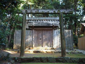 大修繕を待つ殿舎、蚊野神社(皇大神宮 摂社)