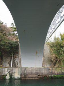 深谷水道に架かる深谷橋
