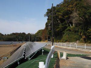 御船神社(皇大神宮 摂社)の前に広がる宮川用水多気発電所