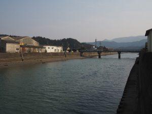 日之出橋(五十鈴川派川)の遠望