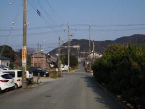 日の出橋東交差点(国道42号)付近