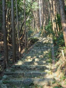 神前神社(皇大神宮 摂社)への石階